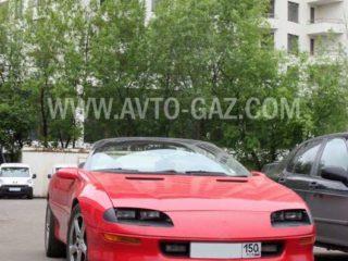 Машина Chevrolet Camaro 5.7.