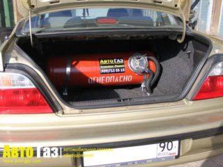 Машина Daewoo nexia.