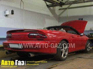 Автомобиль Chevrolet Camaro 5.7.