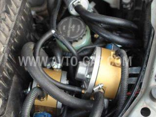 Газовое оборудование на Lexus LX570.