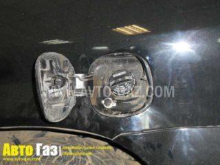 Газ на Acura MDX.