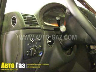 Газовое оборудование на Mercedes-Benz G500.