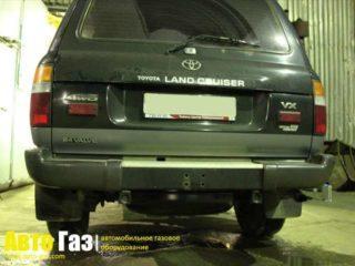 Газ на Toyota Land Cruiser 80.