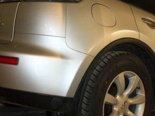 Машина Infiniti FX45.