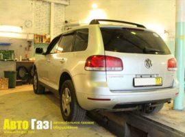 Авто Volkswagen TOUAREG 3.2.